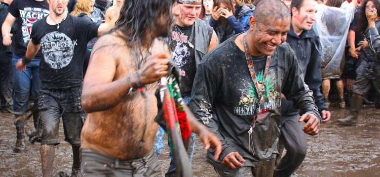 Heavy Metal in der Jugend macht glücklich und sozial