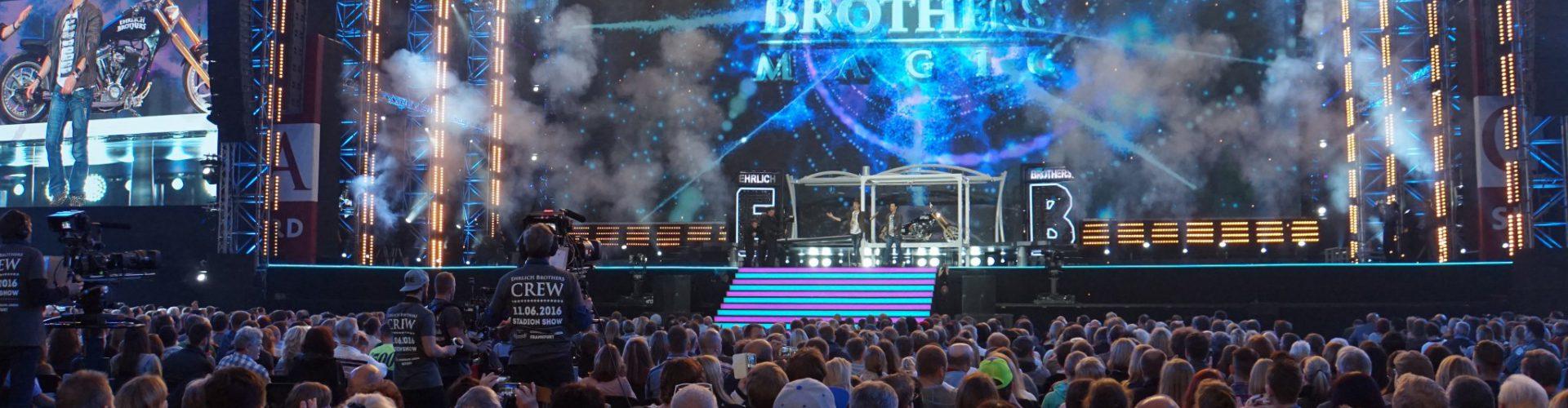 Weltpremiere mit Weltrekord – Die spektakuläre Stadionshow der Ehrlich Brothers