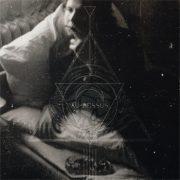Au-Dessus mit gleichnamigem Debut Album Au Dessus