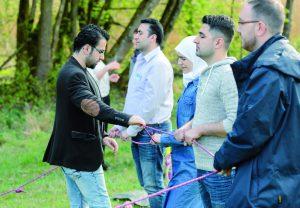 """Bildunterschrift: Teilnehmende des gesellschaftspolitischen Begleitprogrammes von """"Leadership for Syria"""""""