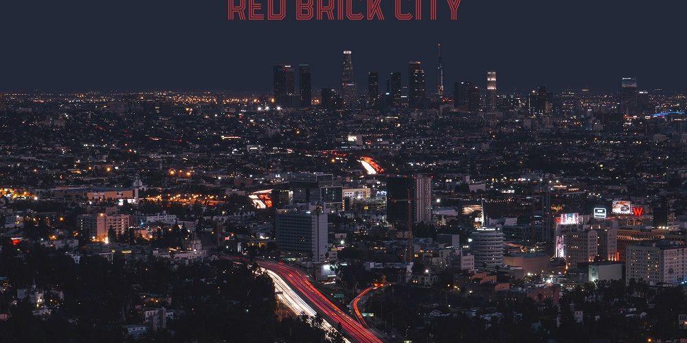 Heavy Water – RED BRICK CITY – Saxon Frontman Biff Byford war wieder aktiv
